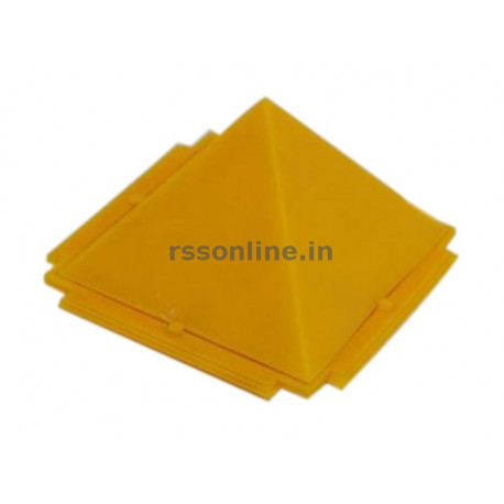 Pyramid - Plastic