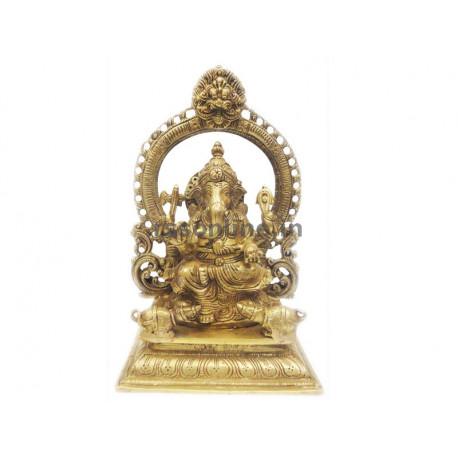 Vinayagar with Thiruvachi